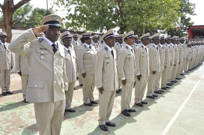 Sortie de promotion à l'Ecole nationale des Douanes : 190 élèves douaniers reçoivent leurs galons et leurs diplômes
