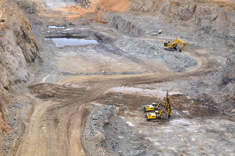 Visite de la mine d'or de Mana : Le Premier ministre exhorte les acteurs à la concertation et à la transparence