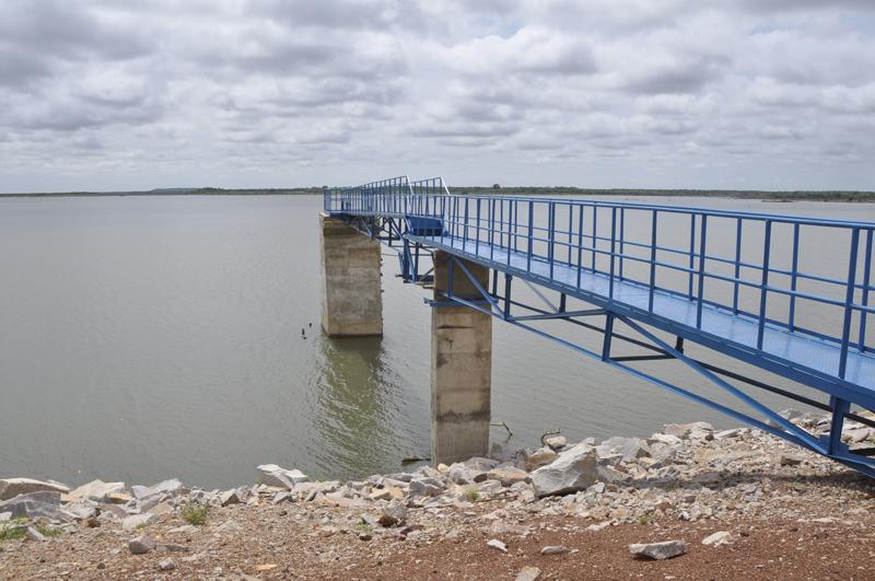 Luc Adolphe Tiao visite le barrage de Soum et le CMA de Nanoro dans le Boukiemdé