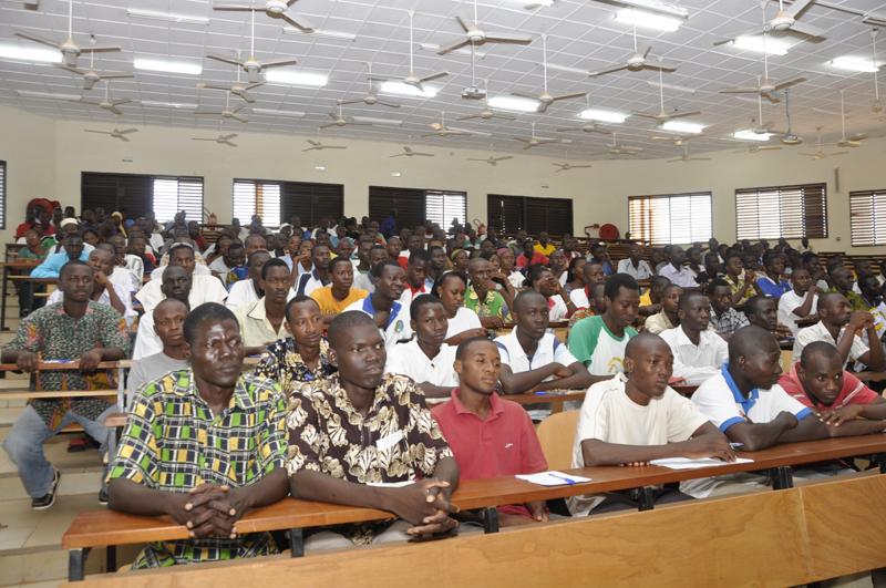 Le Premier ministre rencontre la communauté universitaire de Koudougou