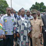 De droite à gauche, le Maire  et le Préfet de Niakara, le Ministre Alpha Barry et le Député en écharpe